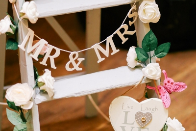 Saving money on your wedding day